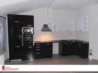 """Кухня """"Бяло и черно"""" гланц"""