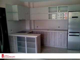 Кухня П-образна