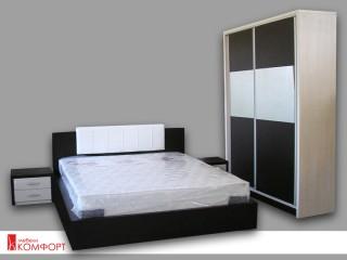 Спалня с лакобел